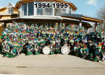 kostueme im jahr 1994 95 006