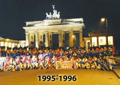 kostueme im jahr 1995 96 007
